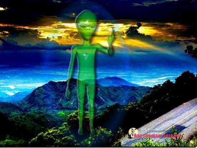 НЛО вел наблюдение за происходящим на Земле